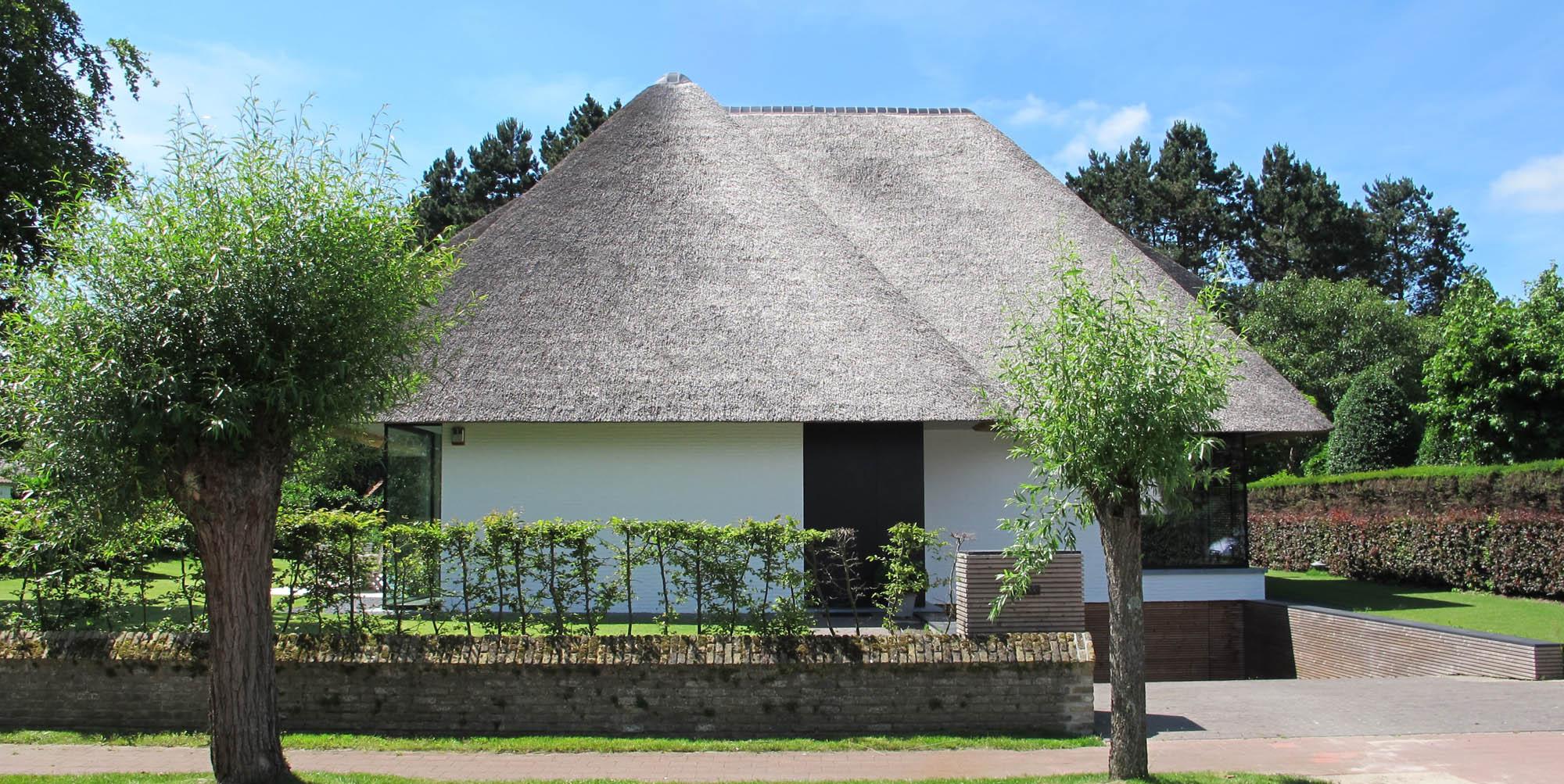 Villa AV 1